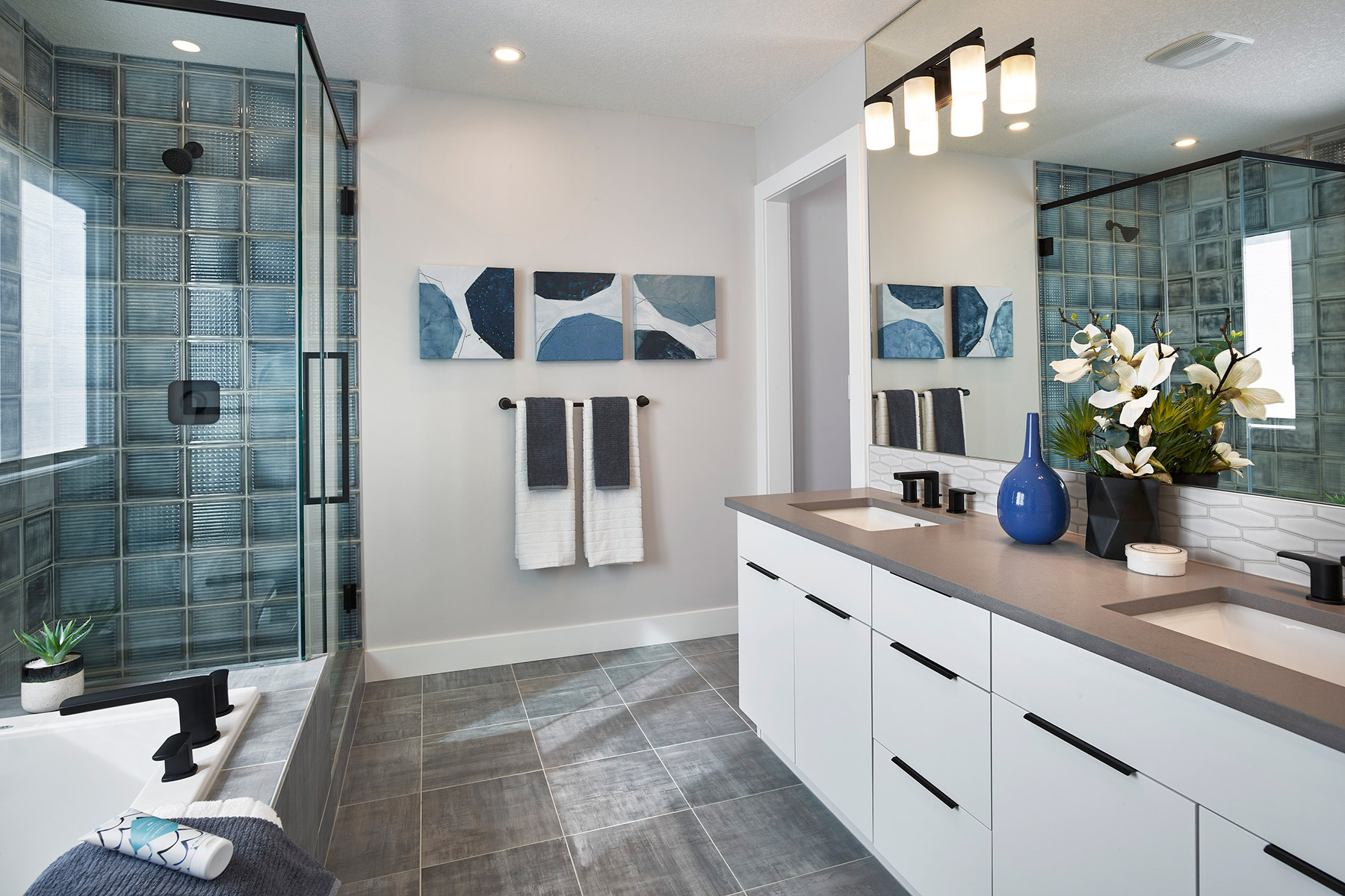 Monarch Plan Bathroom_Master Bath at Yorkville in Calgary Alberta by Mattamy Homes