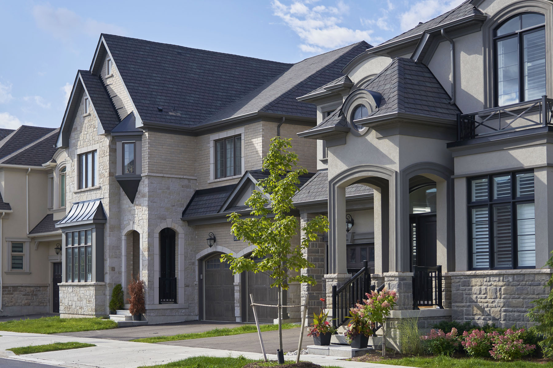 Upper Joshua Creek Elevation Front in Oakville Ontario by Mattamy Homes