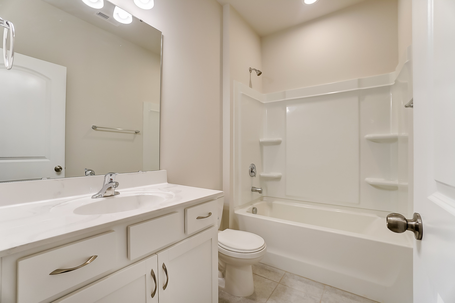 Gaines Plan Bath at Ridgewater in Charlotte North Carolina by Mattamy Homes