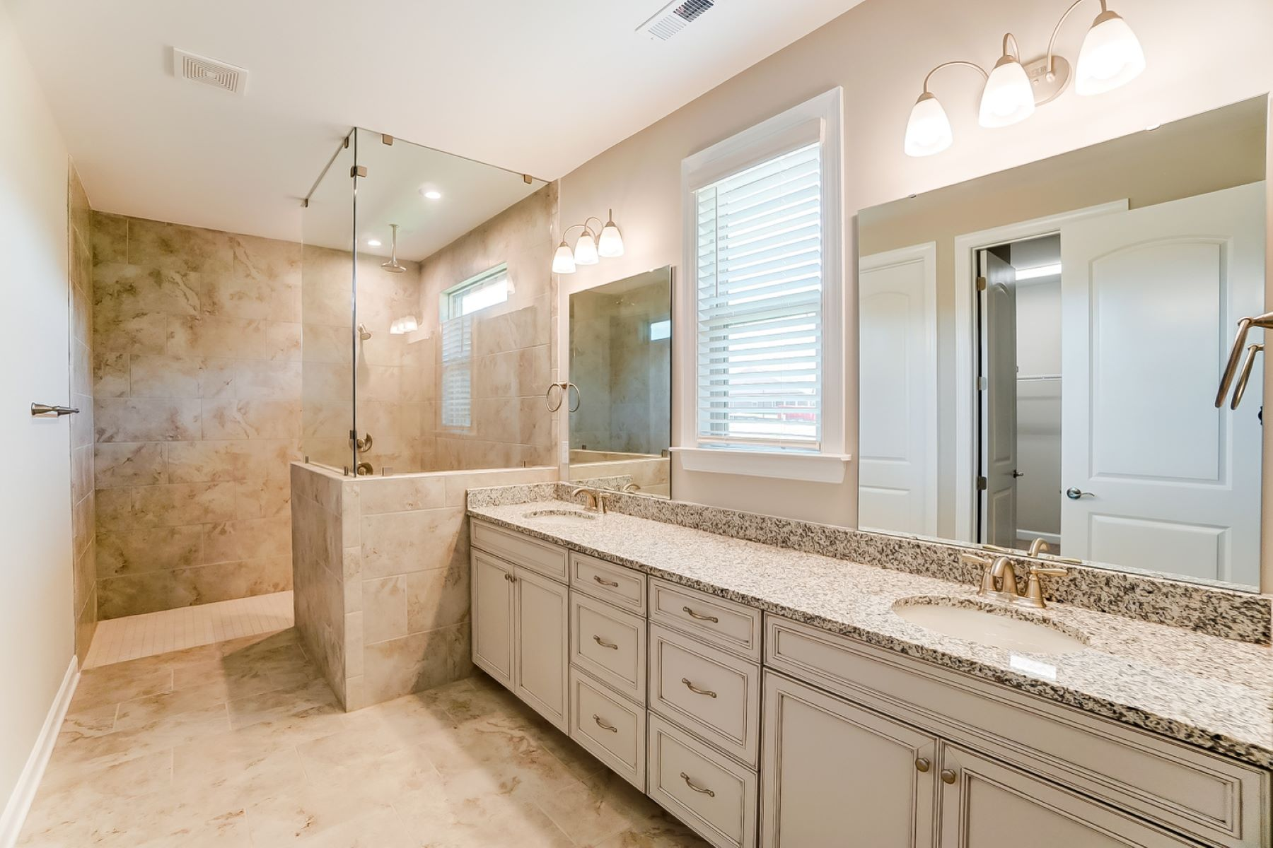 Presley Plan Bathroom_Master Bath at Sonata at Mint Hill in Mint Hill North Carolina by Mattamy Homes