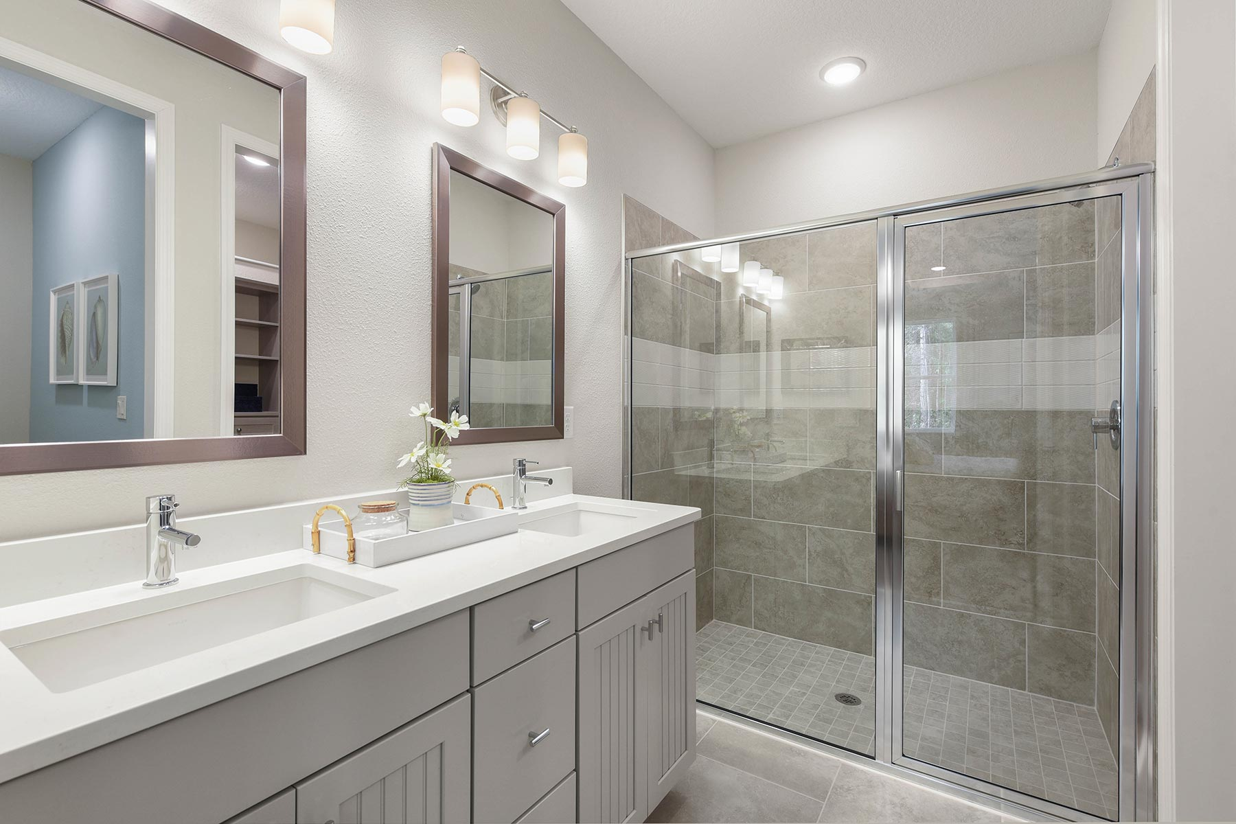 Ocean Plan Bathroom_Master Bath at RiverTown - WaterSong in St. Johns Florida by Mattamy Homes