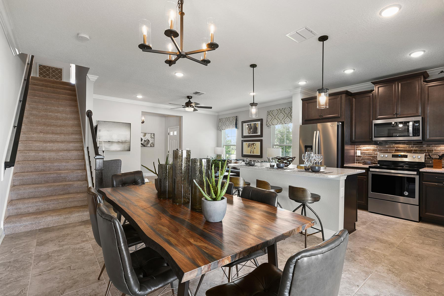 Spring Plan Dining at Wells Creek in Jacksonville Florida by Mattamy Homes