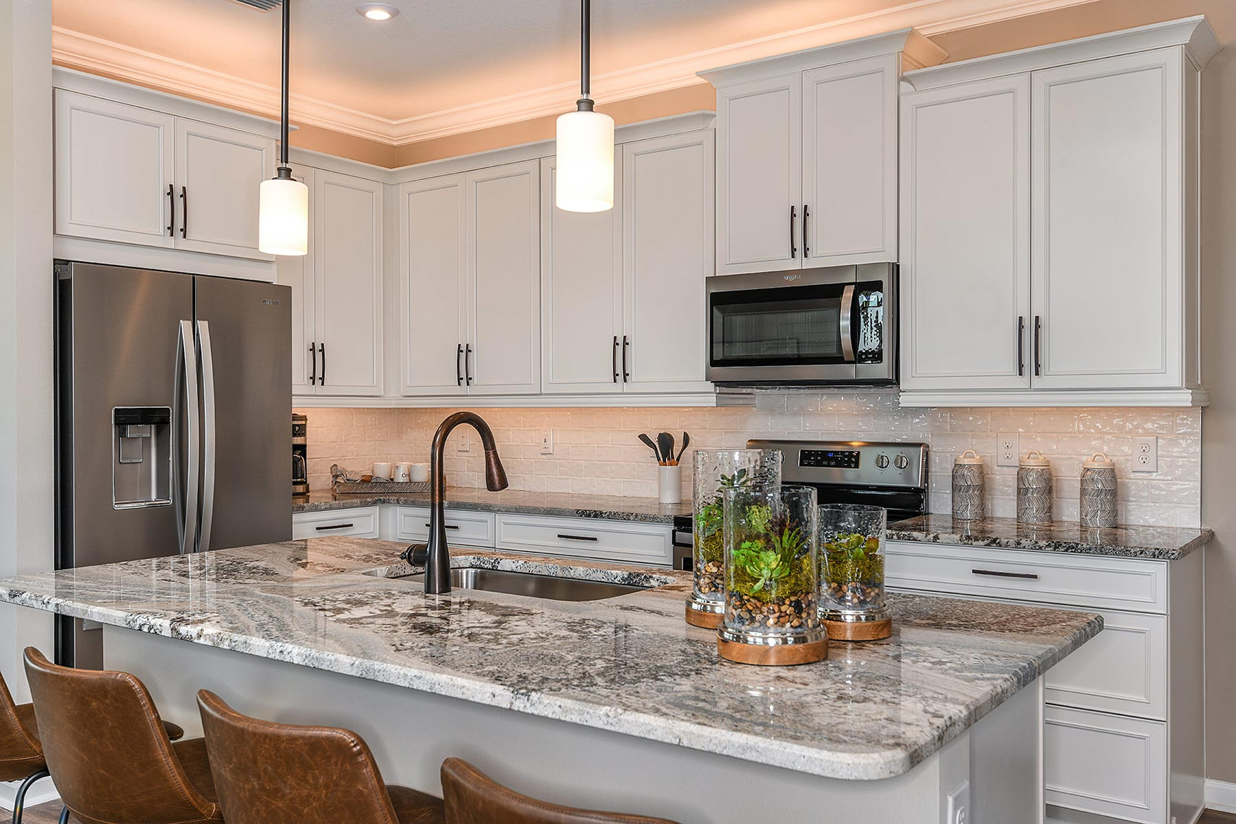 Bonavie Cove Kitchen in Fort Myers Florida by Mattamy Homes