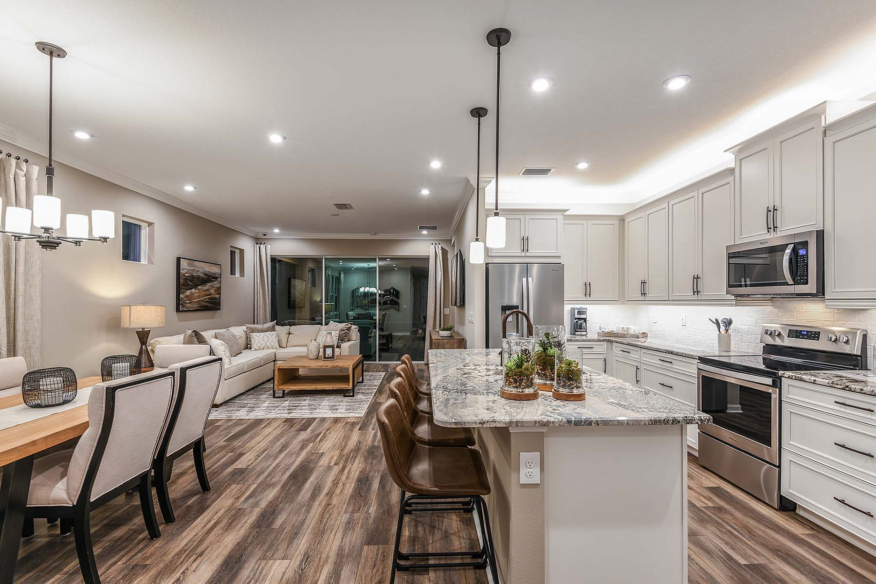Largo Plan Kitchen at Bonavie Cove in Fort Myers Florida by Mattamy Homes