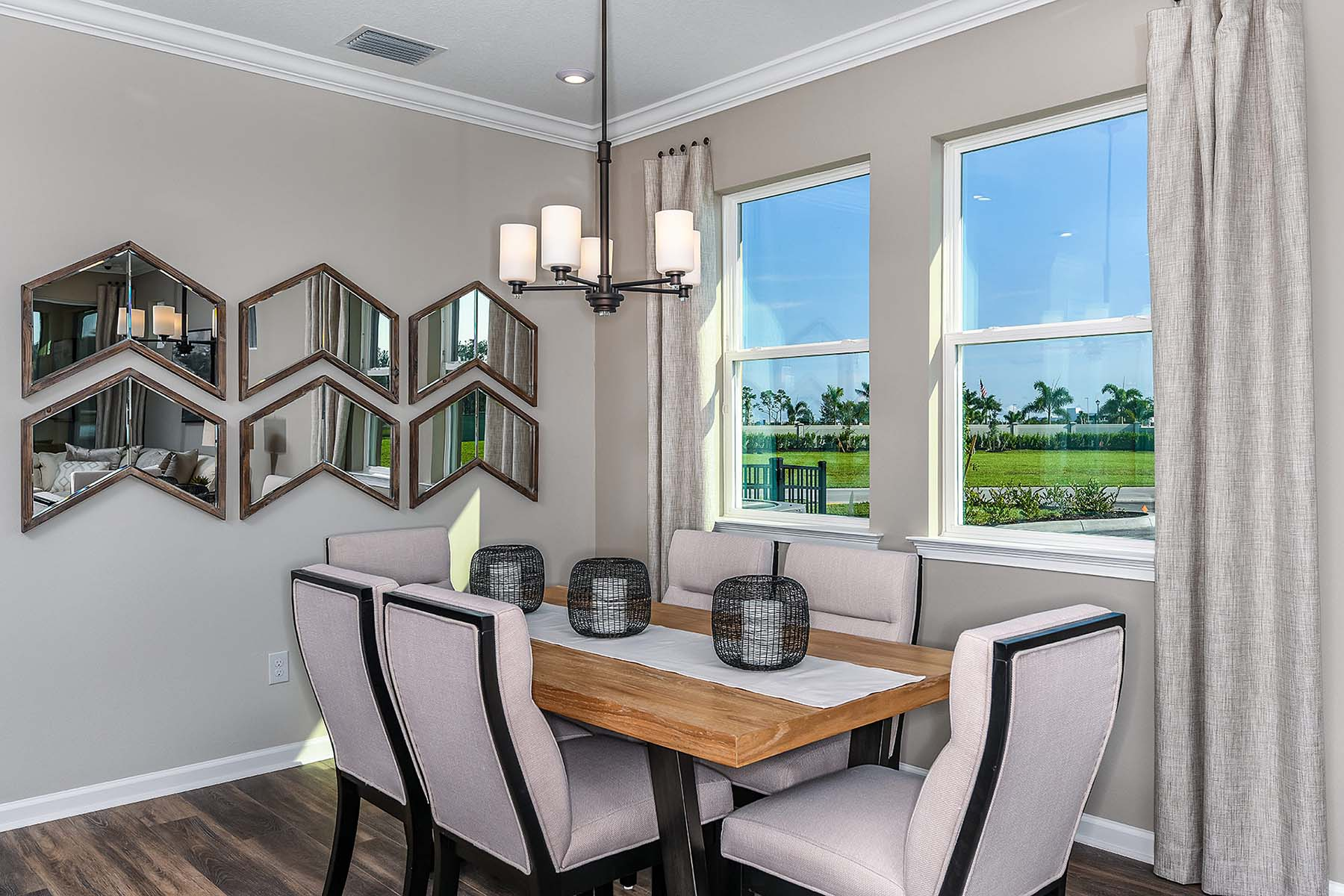Largo Plan Dining at Bonavie Cove in Fort Myers Florida by Mattamy Homes