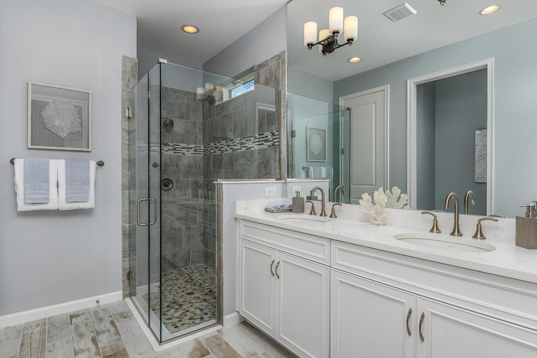 Coquina Plan Bathroom_Master Bath at Boyette Park in Riverview Florida by Mattamy Homes