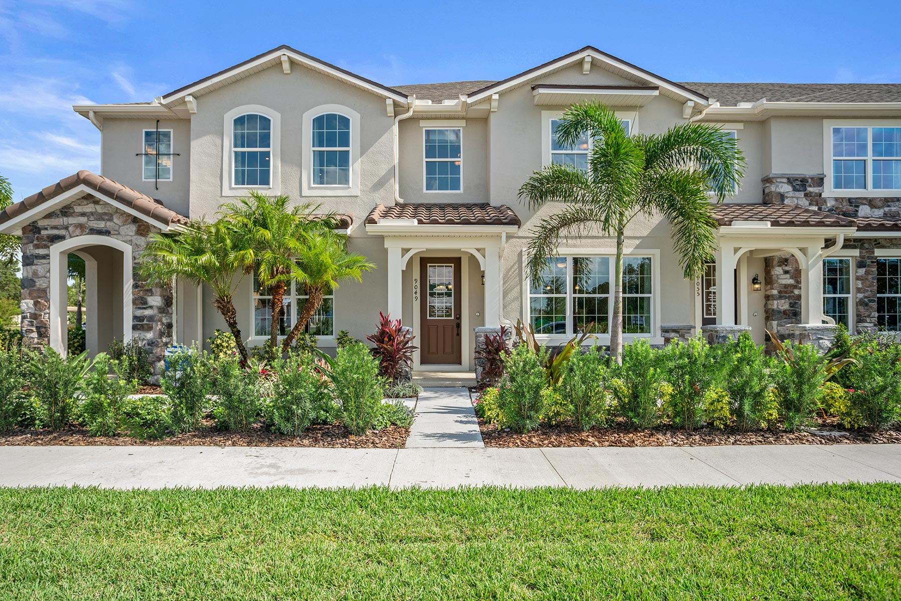 Amber Plan Elevation Front at Legado in Windermere Florida by Mattamy Homes