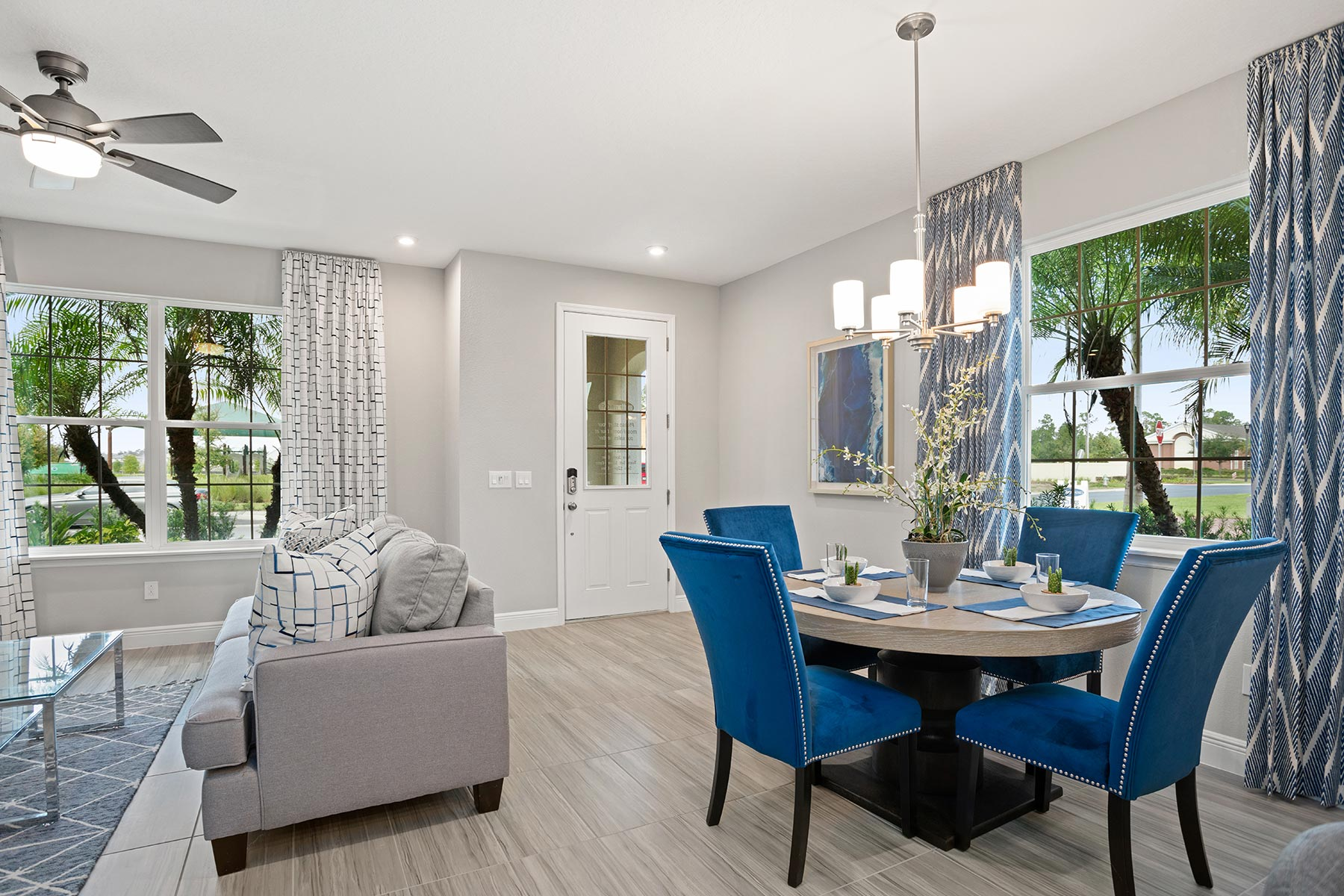 Fallglo Plan Dining at Legado in Windermere Florida by Mattamy Homes