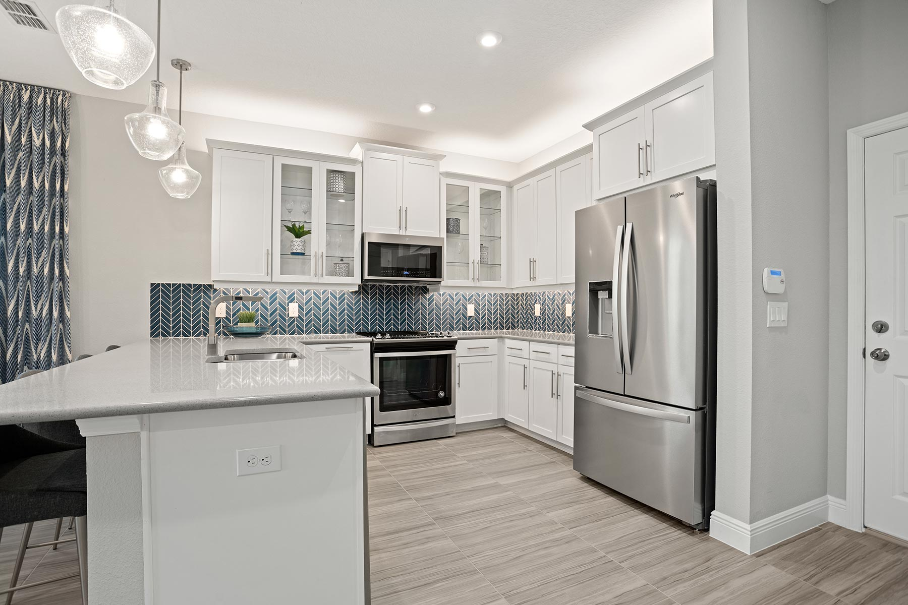 Fallglo Plan Kitchen at Legado in Windermere Florida by Mattamy Homes