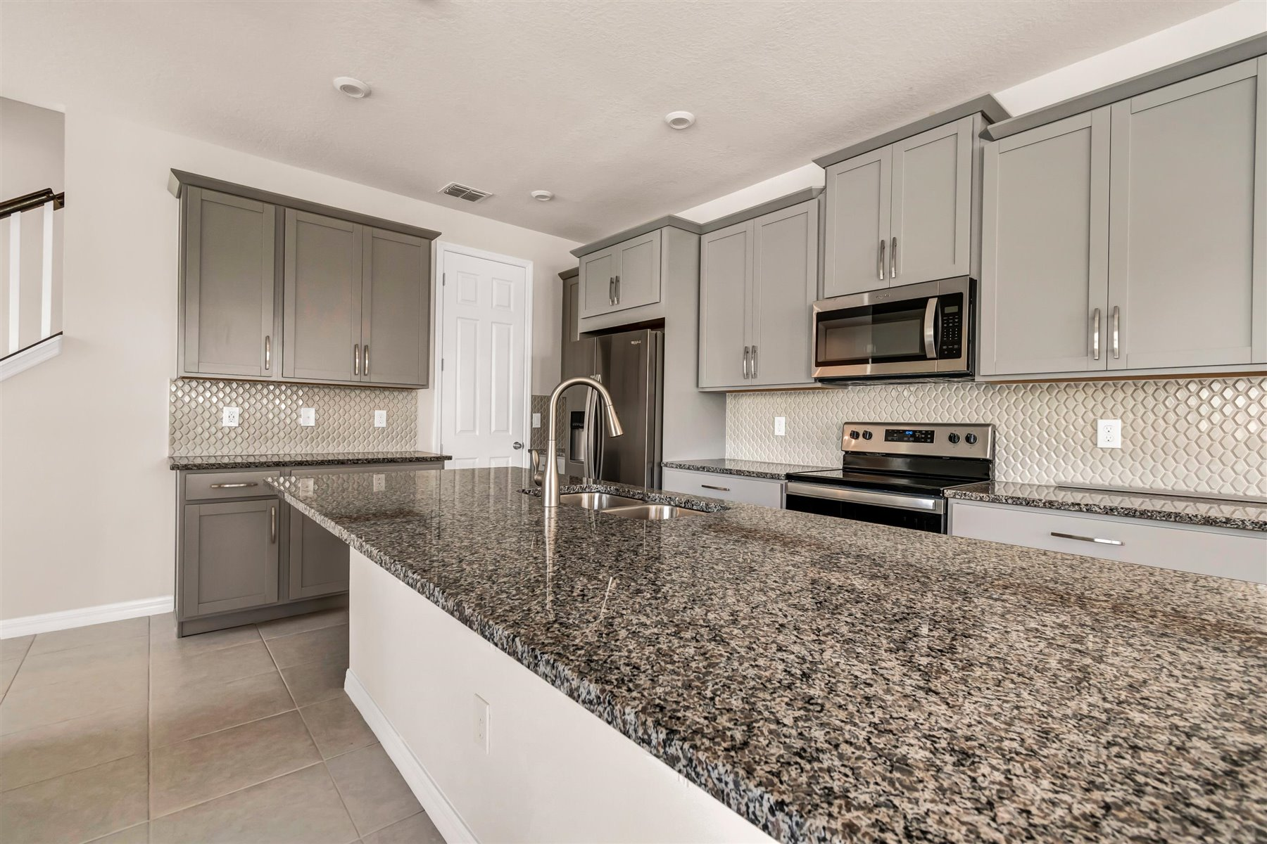 Minneola Plan Kitchen at Legado in Windermere Florida by Mattamy Homes