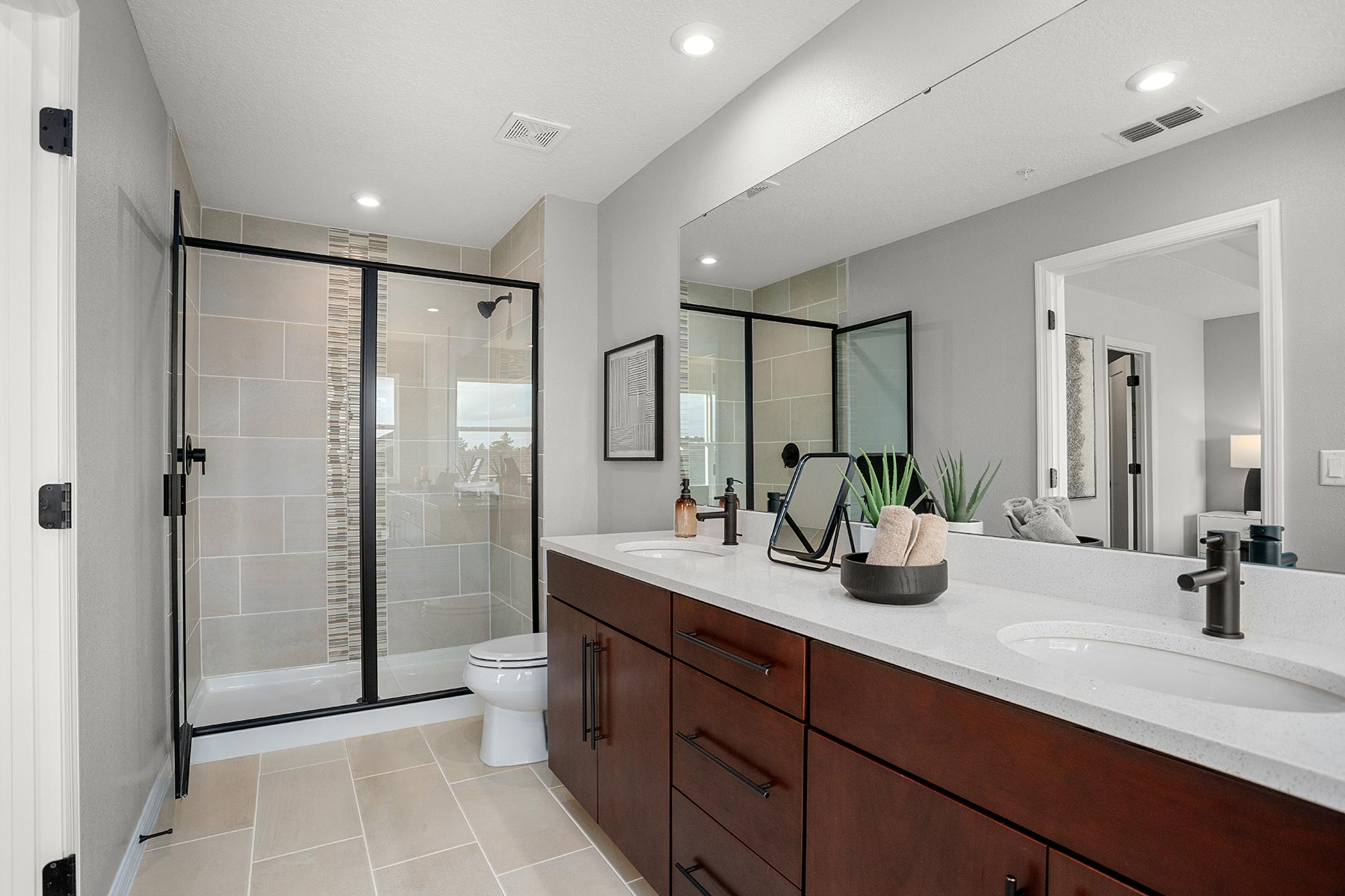 Meridian Parks Bathroom_Master Bath in Orlando Florida by Mattamy Homes