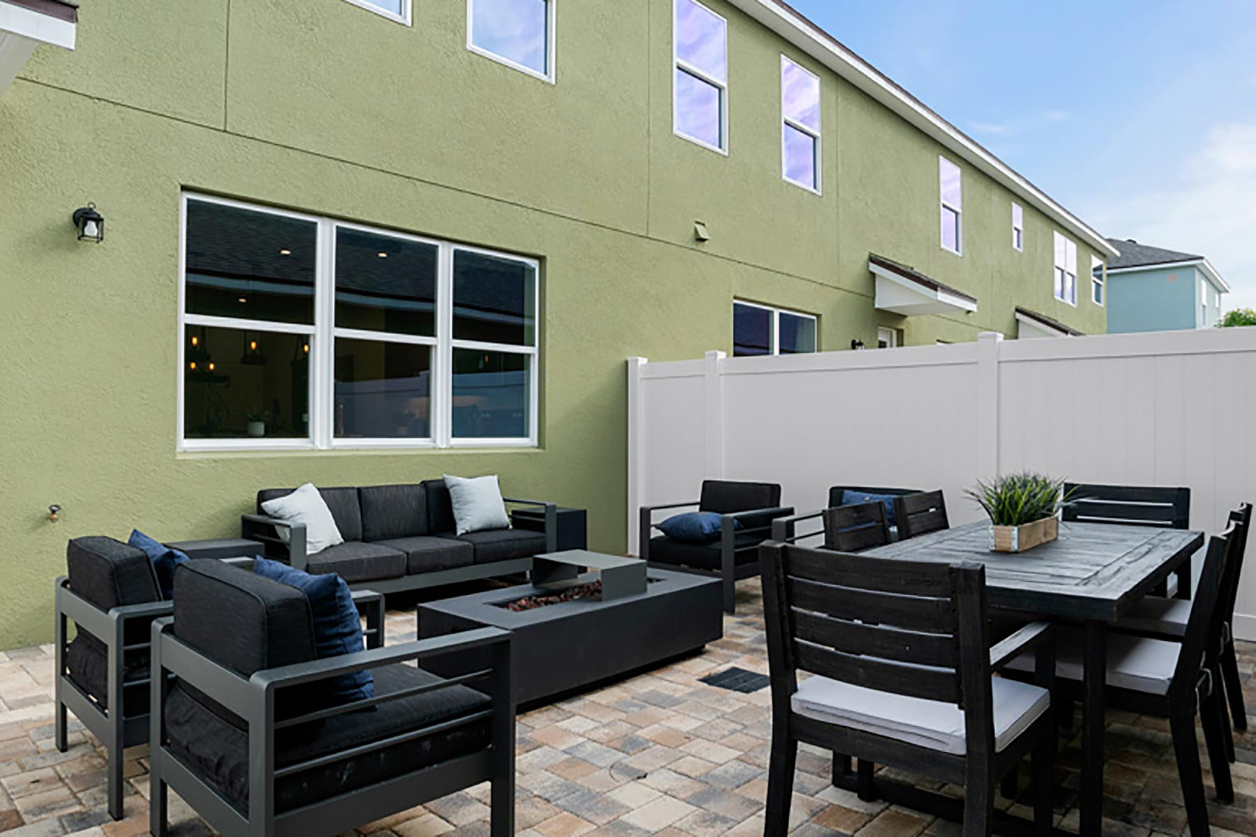 Devonshire II Plan Patio at Meridian Parks in Orlando Florida by Mattamy Homes