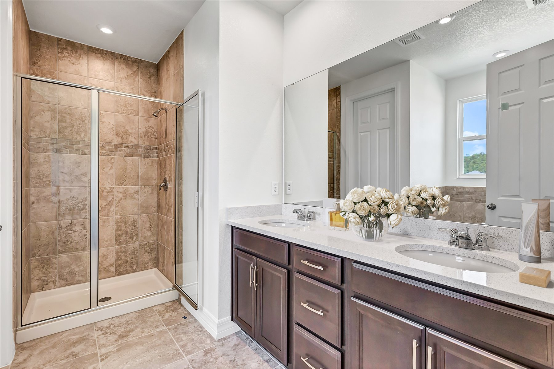Newport Plan Bath at Meridian Parks in Orlando Florida by Mattamy Homes