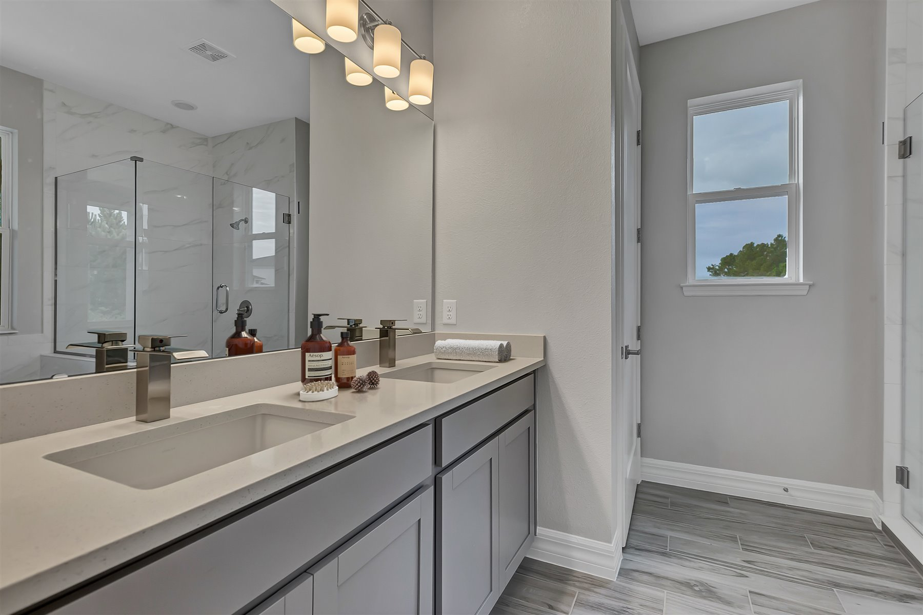 Watermark II Plan Bath at Meridian Parks in Orlando Florida by Mattamy Homes