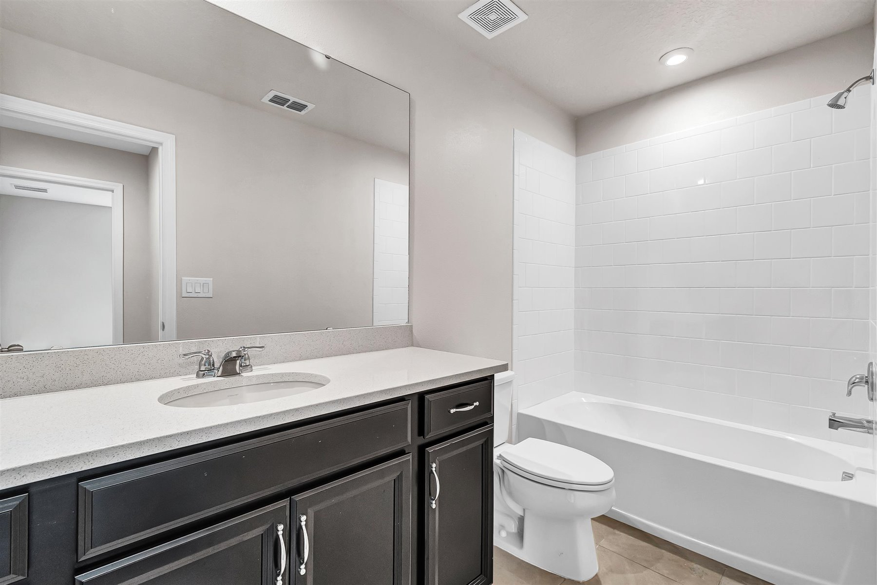 Dominica Plan Bath at Tapestry in Kissimmee Florida by Mattamy Homes