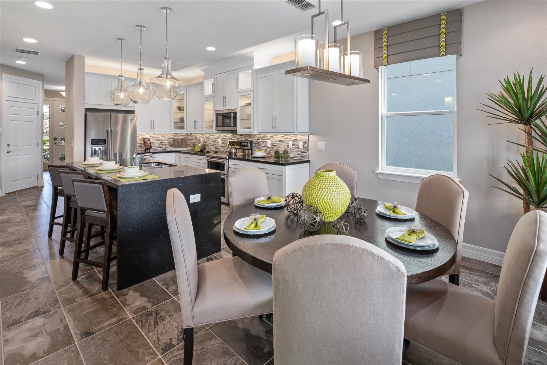Palmetto Plan Dining at Tapestry in Kissimmee Florida by Mattamy Homes