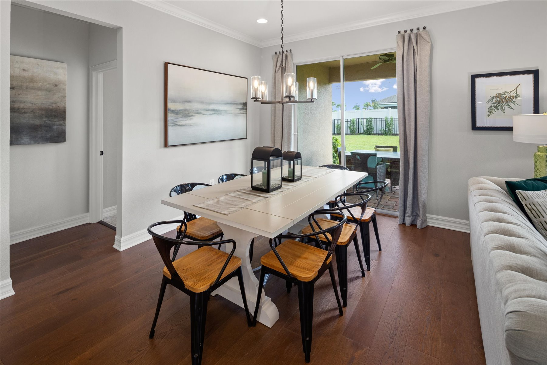Crescent Plan Dining at Waterbrooke in Clermont Florida by Mattamy Homes