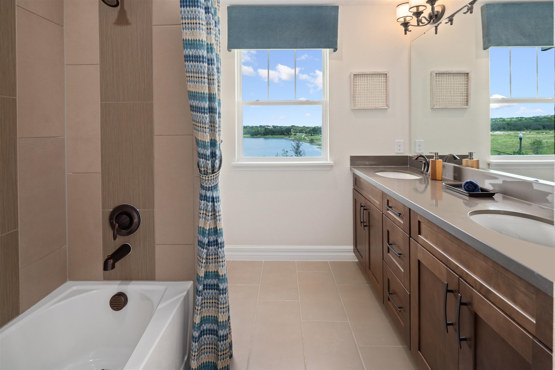 Griffin Plan Bath at Waterbrooke in Clermont Florida by Mattamy Homes