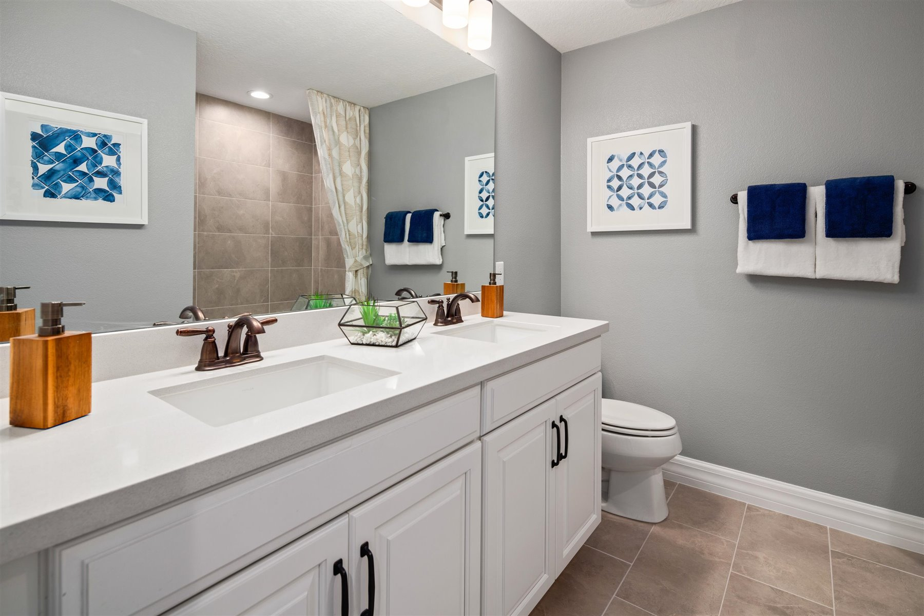 Selena III Plan Bath at Waterbrooke in Clermont Florida by Mattamy Homes