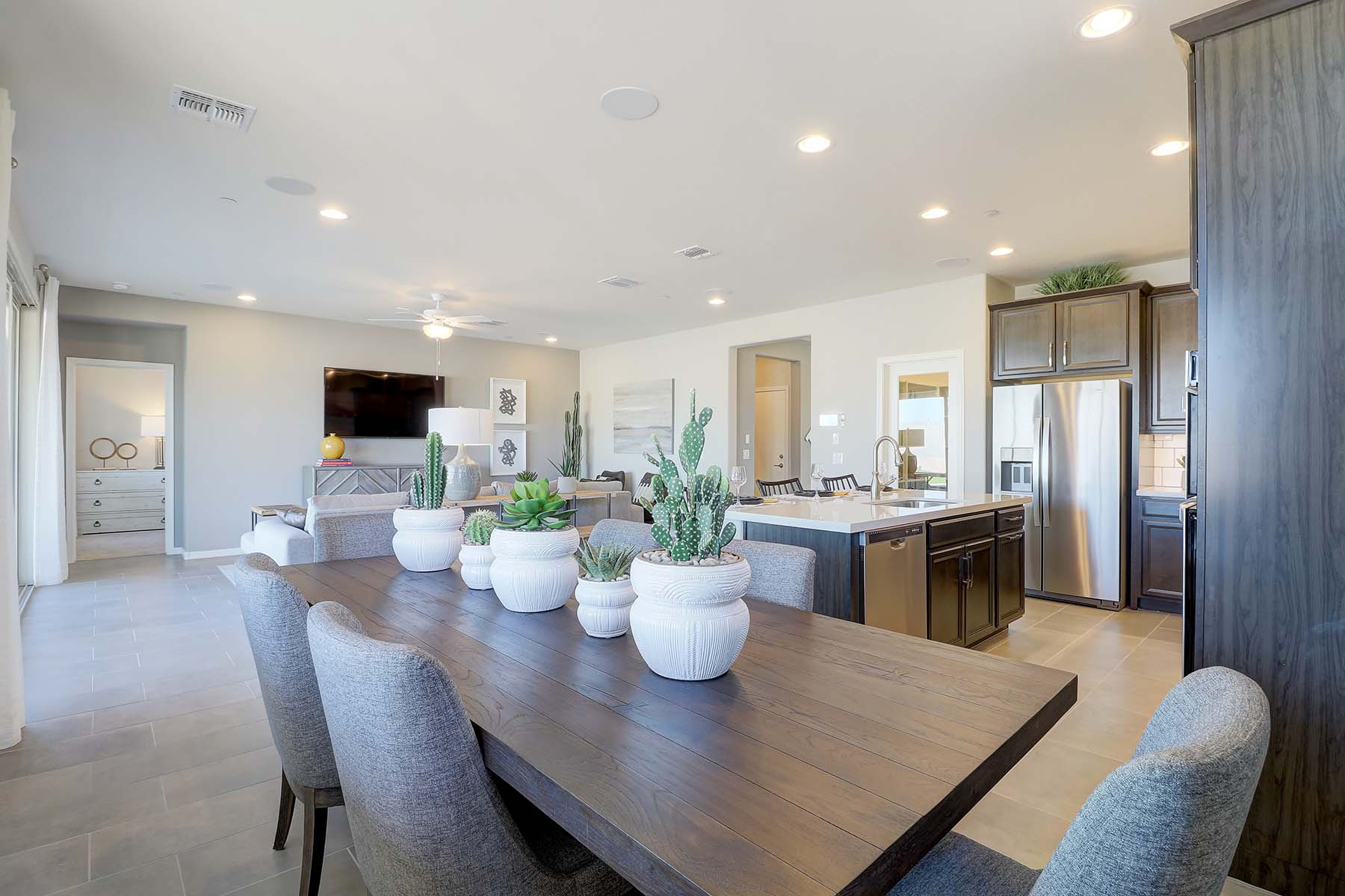 Willowleaf Plan Dining at Brookside at Arroyo Seco in Buckeye Arizona by Mattamy Homes
