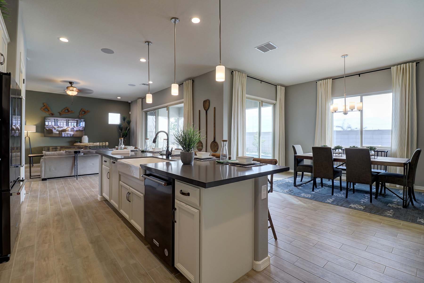 Whitmore Plan  at Roosevelt Park in Avondale Arizona by Mattamy Homes