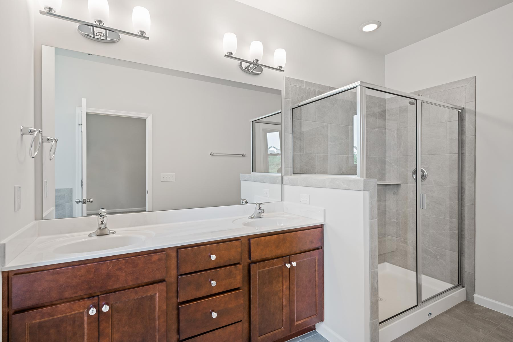 Winston Plan Bathroom_Master Bath at Ballentine Place in Holly Springs North Carolina by Mattamy Homes