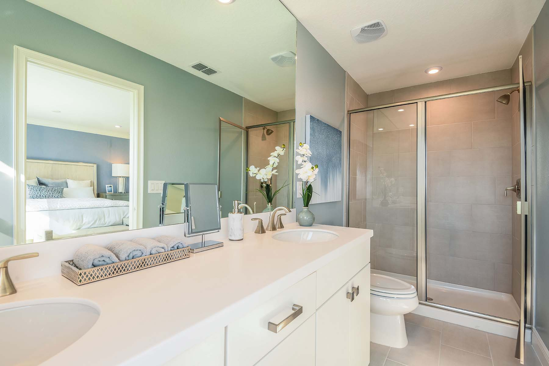 Seaside II End Plan Bathroom_Master Bath at Harmony at Lakewood Ranch in Lakewood Ranch Florida by Mattamy Homes