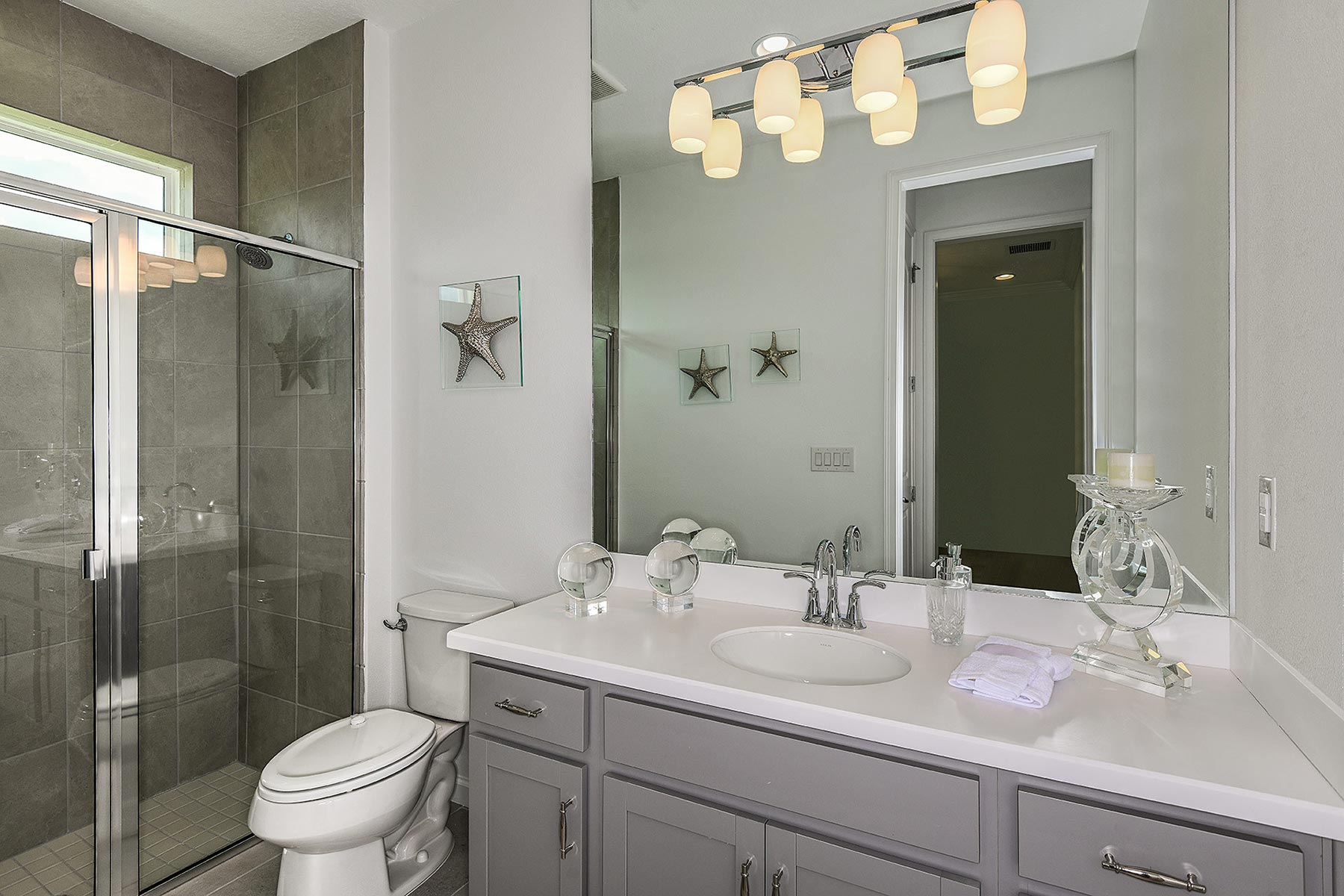 Seascape Plan Bath at Sunrise Preserve at Palmer Ranch in Sarasota Florida by Mattamy Homes