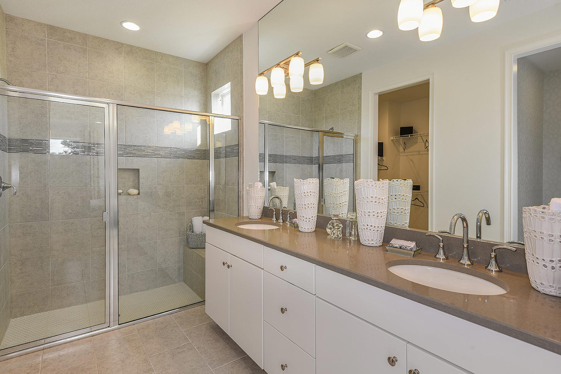 Seascape Plan Bathroom_Master Bath at Sunrise Preserve at Palmer Ranch in Sarasota Florida by Mattamy Homes