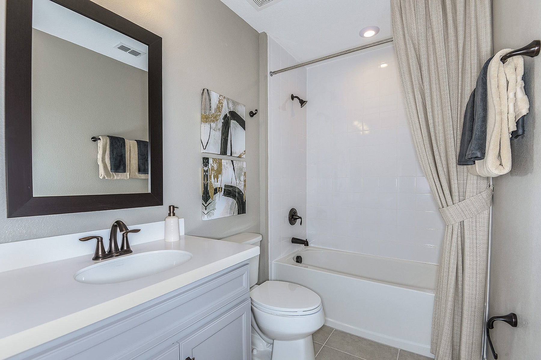 Ormond Plan Bath at Volanti in Wesley Chapel Florida by Mattamy Homes