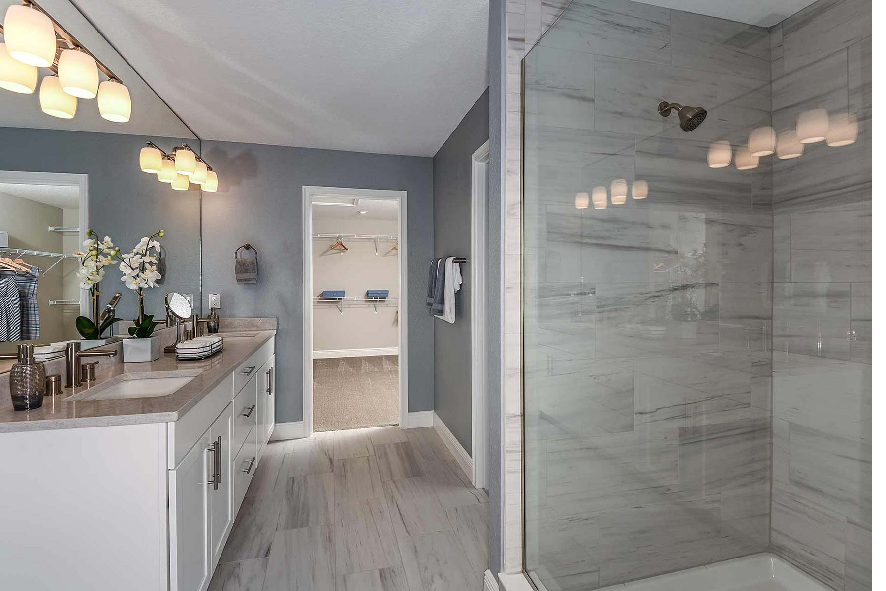 Venice Plan Bathroom_Master Bath at Avea Pointe in Lutz Florida by Mattamy Homes