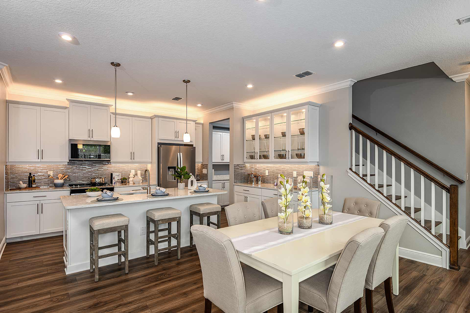 Venice Plan Dining at Avea Pointe in Lutz Florida by Mattamy Homes
