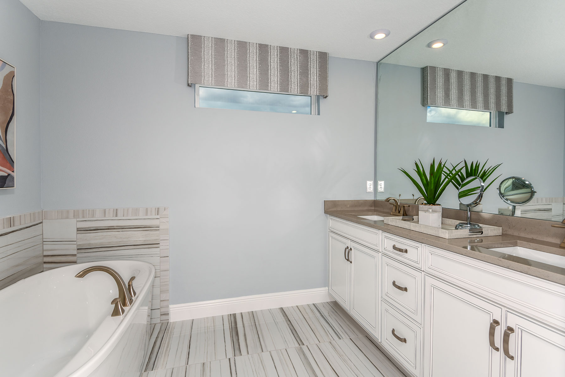 Myrtle Plan Bathroom_Master Bath at Parkview at Long Lake Ranch in Lutz Florida by Mattamy Homes