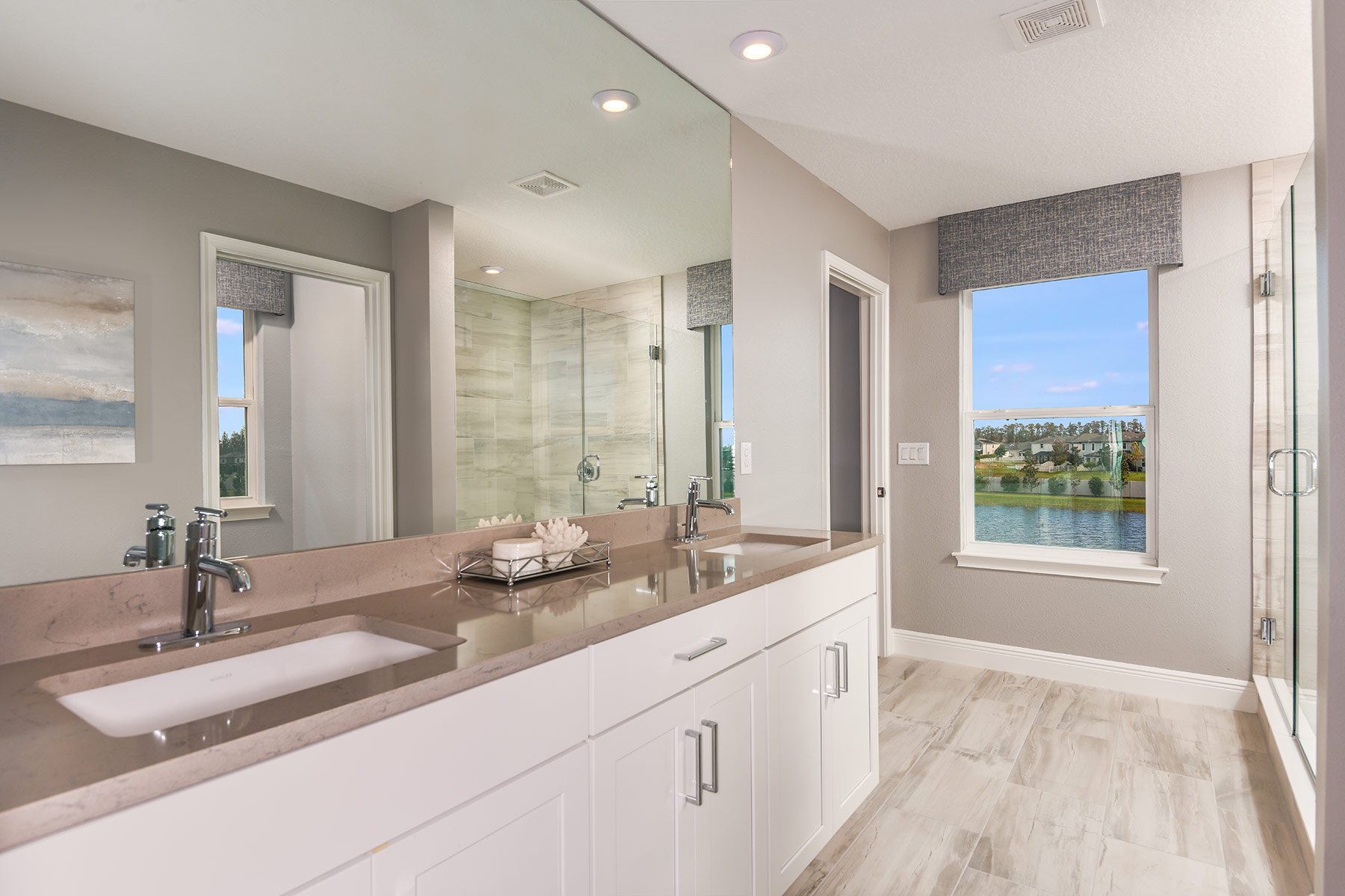 Venice Plan Bathroom_Master Bath at Parkview at Long Lake Ranch in Lutz Florida by Mattamy Homes